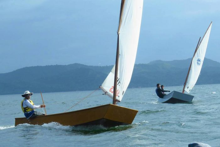 racing sailboat fleet at low cost - OZ Goose