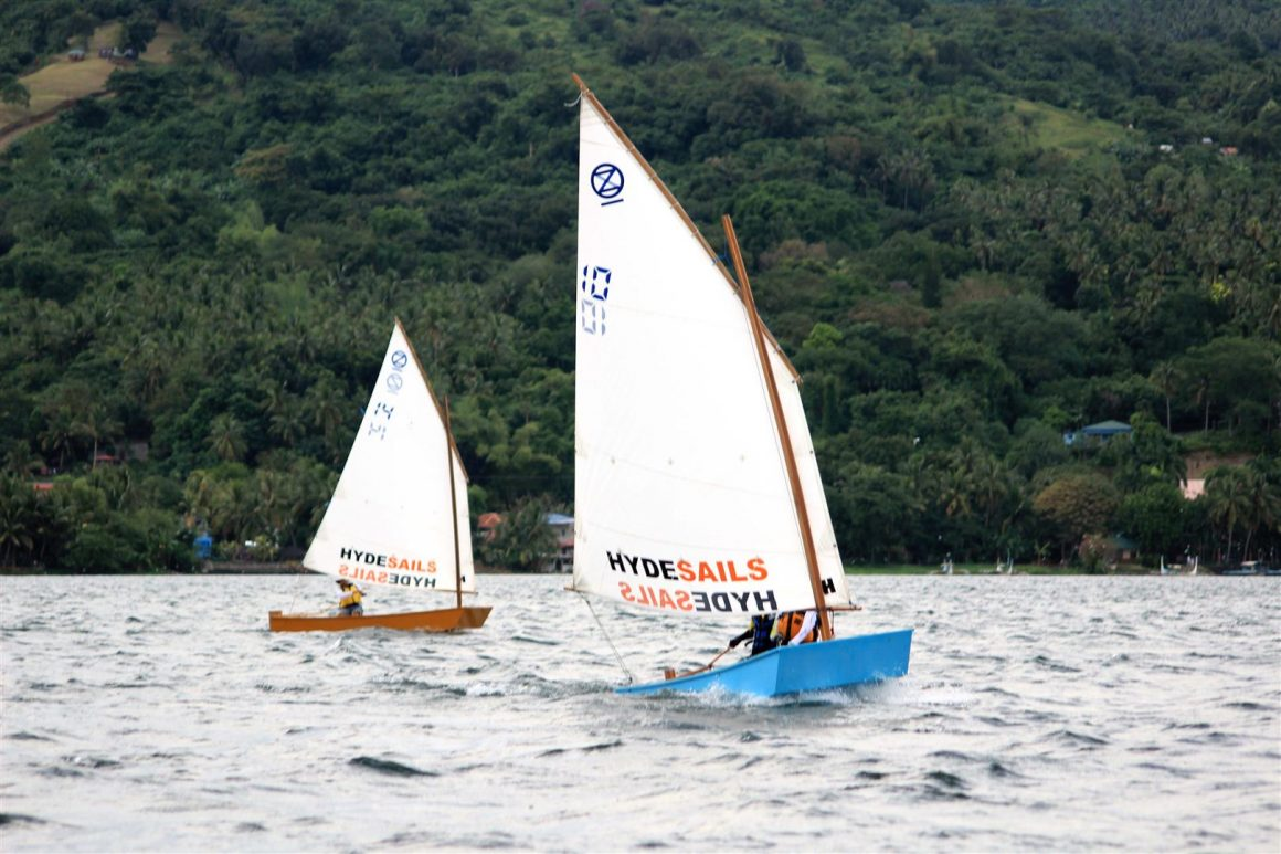 low cost club racing boat .. oz goose sailing dinghy