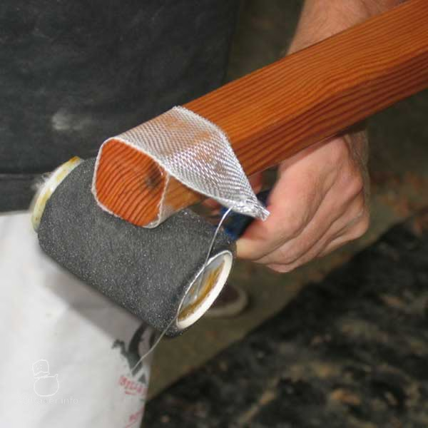 Glassing spar ends ... Oz Goose sailing dinghy