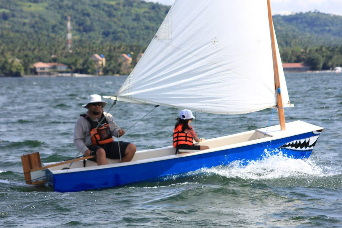 RAcing an Oz Goose in the Hyde Sails international sponsored National Titles - Philippines
