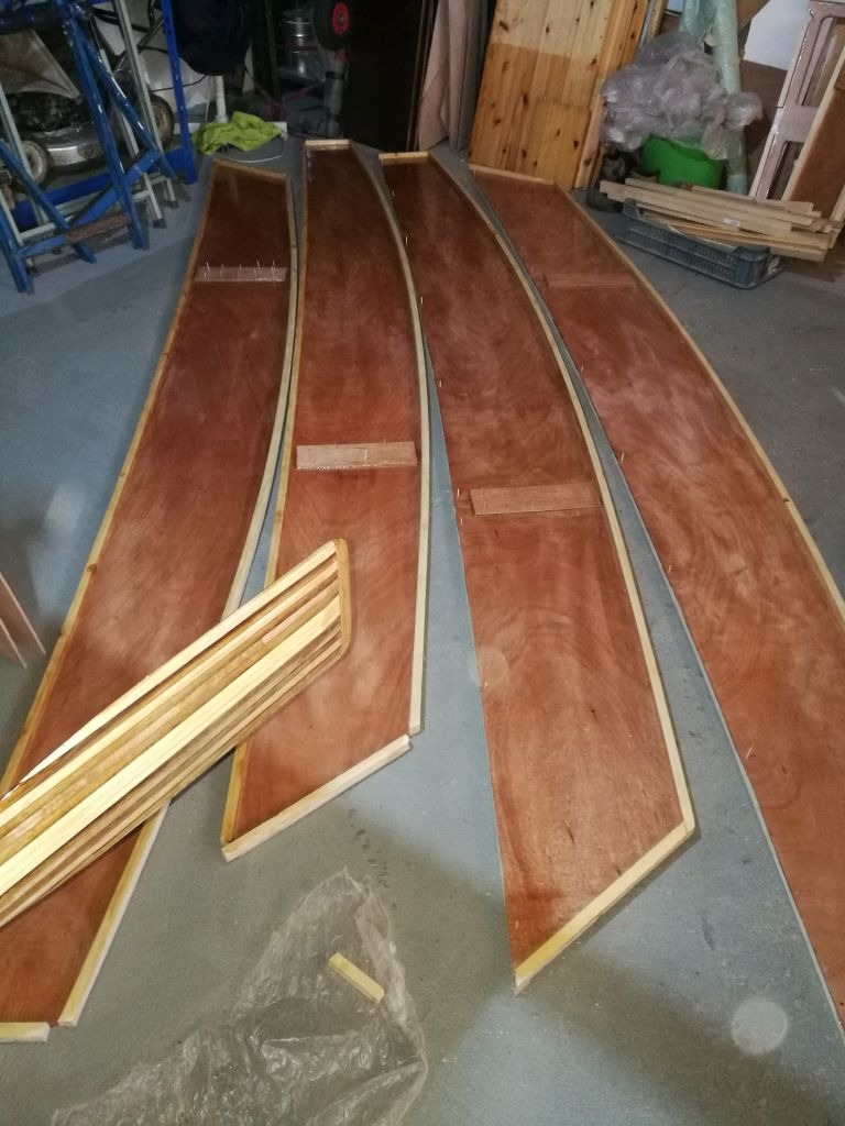 Building the first Oz Goose sailboat in Hungary.